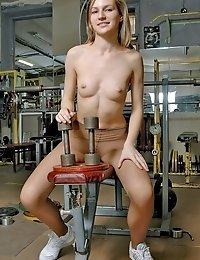 Gym babe having pantyhose fitness fun