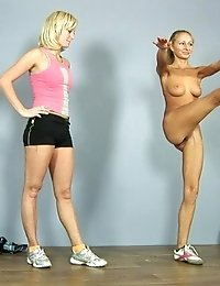 Ardent lesbian pussy rubbing after stretching