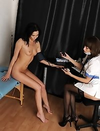 Lesbian tension between a gyno doctor and her patient