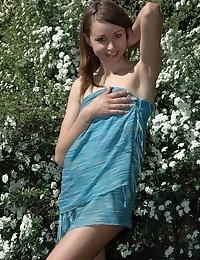 Amazing Crazy Teen Is Wondering Nude In The Botanic Garden And Poses Near Every Beautiful Bush.