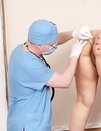 Frightening and painful chubby pussy and body exam