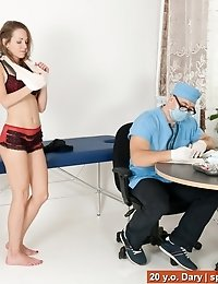 Submissive patient cums at the fetish gyno exam