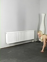 Male cruelty and female obedience at group training