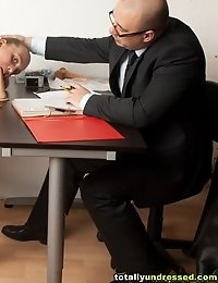 Testing the double BJ skill of a secretary