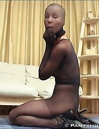 This girl is a real pantyhose lover! Totally in nylon!