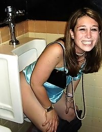 Hot pics of hot babes sitting on the toilet