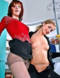 Margo and Masha taste their bodies through pantyhose