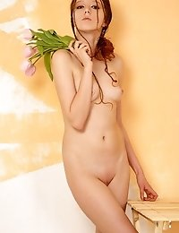 Breathtaking Nude Honey Paints The Walls And Plays With Tulips Covering Her Appetizing Treasures.