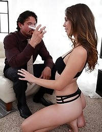 Bouncing Tit Babe Jade Nile Cheers Her Lover Up With A Lip Smacking Blowjob And Raunchy Stiffie Ride