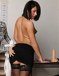 Nude secretary undergone a toy double penetration