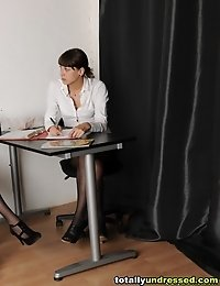Interviewers make a secretary throw her dress off