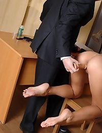 Unexpected orgasm of a suddenly dildo-fucked candidate
