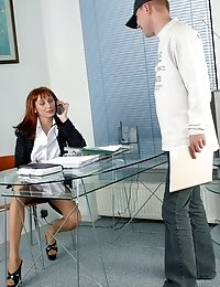 Boss ordered: every customer should get his blowjob from secretary