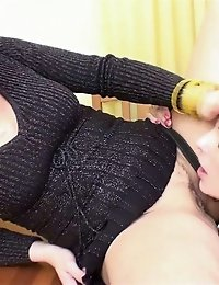 Jumping and pussy-licking juggy sport slave