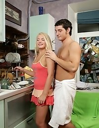 Bombshell Teen Beauty Spoiled At The Kitchen