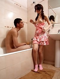 Tiny tit teen girl getting busy in tub with boyfriend