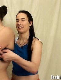 Sports babe excites a lesbian trainer with nude stretching
